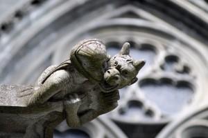 Gargoyle sulla facciata della cattedrale di Nidaros, Trondheim, Norvegia