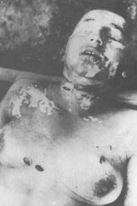 Le donne serbe venivano sistematicamente violentate e torturate dopodiché venivano loro tolti gli occhi e infine uccise