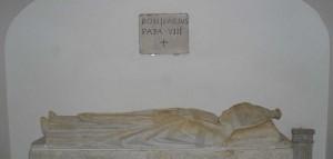 Tomba di Bonifacio VIII in Vaticano