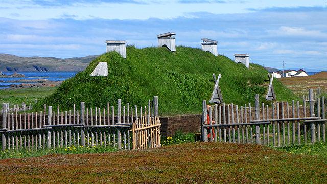 Norse long house recreation, L'Anse aux Meadows, Newfoundland and Labrador, Canada (D. Gordon E. Robertson/ CC BY-SA 3.0)